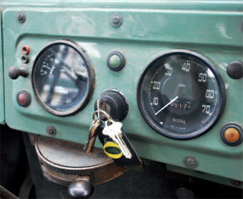 The Rovers North News - Behind the Steering Wheel - For Land Rover Enthusiasts